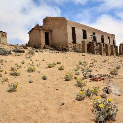 Siedlung mit Sand...